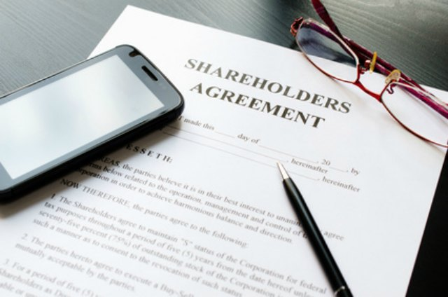 shareholders-agreements